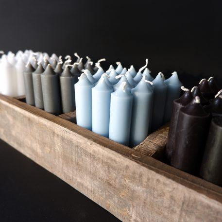 ib laursen dinerkaarsjes kort donker grijs licht blauw wit zwart railway wood 5 vakken tray