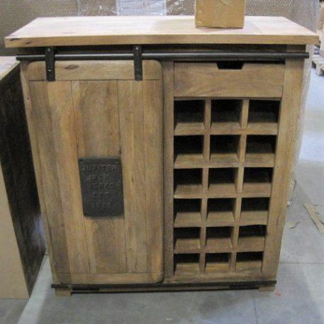 industrieel mangohouten dressoir factory wijnkast met schuifdeur lade en staal hoog 100 cm breed 90 cm diep 40 cm.2JPG