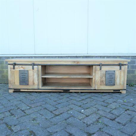 industrieel factory tv dressoir tv meubel mangohout en staal 2 schuifdeuren hoog 50 cm breed 180 cm diep 40 cm