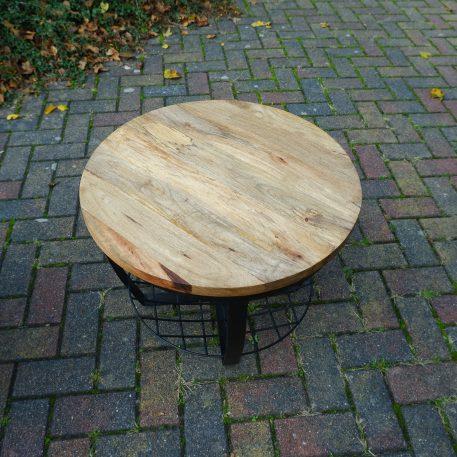 industrieel mangohouten bijzettafel salontafel rond zwart staal en gaas hoog 47 cm diameter 60 cm 20