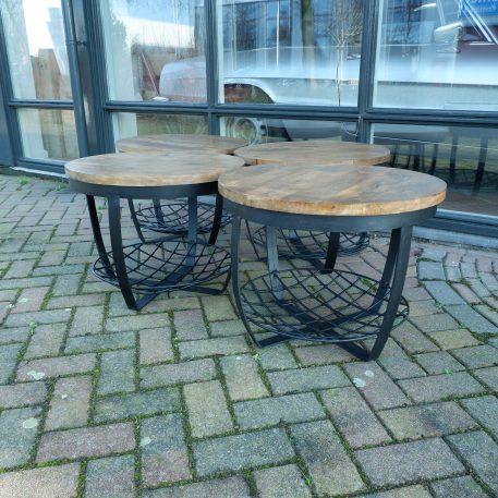 industrieel mangohouten bijzettafel salontafel rond zwart staal en gaas hoog 47 cm diameter 60 cm1 6
