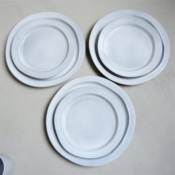 ib-laursen grey dunes dinerbord dinner plate stone ware hoog 3 cm diameter 28 cm en ontbijtbord