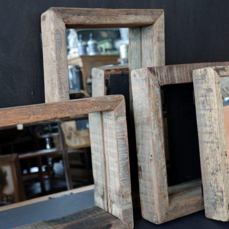 spiegel truckwood rechthoek 40 x 25 x 5.5 cm en vierkant 30 x 30 x 5.5 cm1