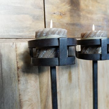 gietijzeren kandelaar eddy hoog 126 cm diep 26 cm breed 29 cm2
