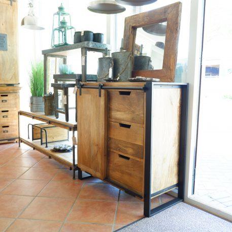 industrieel mangohouten dressoir beau travail zwart staal 3 lades en 1 schuifdeur hoog 90 cm breed 90 cm diep 45 cm9