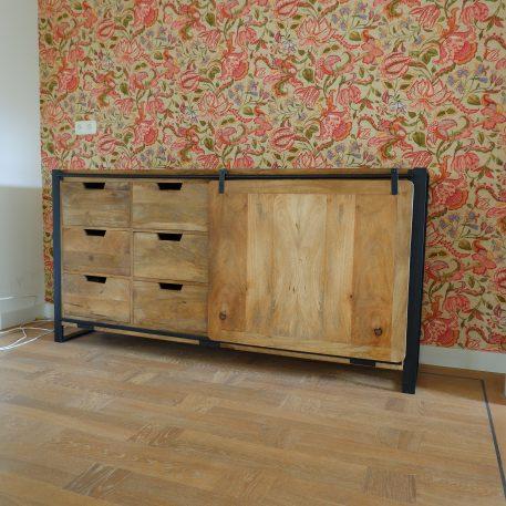 industrieel mangohouten dressoir beau travail zwart staal 6 lades en 2 schuifdeuren hoog 90 cm breed 180 cm diep 45 cm7b