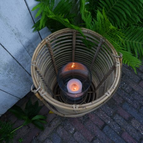cilinder lantaarn rustic rattan koboo grey met glas voor kaars hoog 50 cm diameter 33 cm2