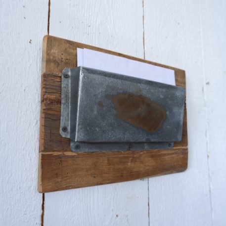 barnwood posthouder enkel aan de wand zink hoog 25 cm breed 35 cm diep 5.5 cm1