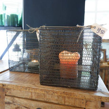 basket metaal draad windlicht vierkant 20 bij 20 bij 20 cm donker met vleugje goud afgewerkt