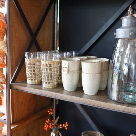 ib-laursen drinkglas in huls van gevlochten gras of str hoog 15 cm diameter 9 cm en sand dunes beker zonder oor