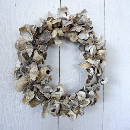 krans van oesters schelpen diameter 40 tot 45 cm dik 10 cm