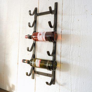 6 flessen wijnwandrek smeedijzer antiek bruin hoog 65 cm breed 23 cm diep 10.5 cm
