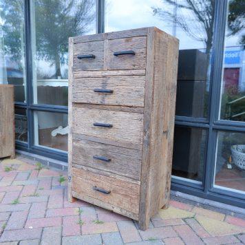 6 ladekast vergrijsd oud hout hoog 110 cm breed 60 cm diep 35 cm railway wood truckwood barnwood
