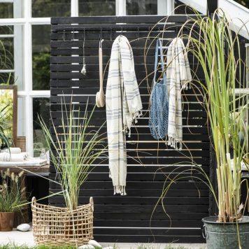 hammam towel handdoek met franje off white en zwart streepje en stippen 150 cm lang en 55 cm breed 100% katoen ib-laursen