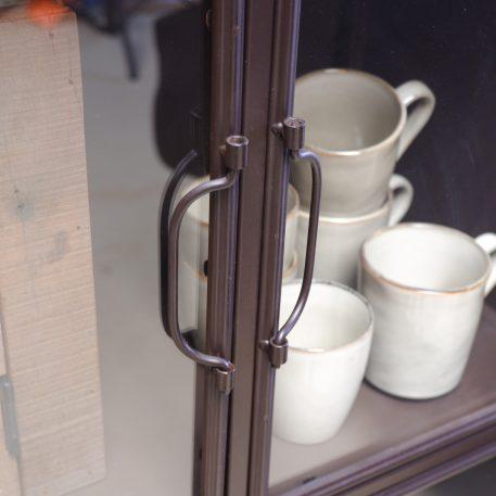 bruin metalen deeldeur lockerkast met 6 glazen deuren hoog 137 cm breed 63.5 cm diep 36 kabinet op wielen5