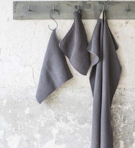 ib-laursen towel mynte dark grey knitted keuken handdoek grijs gerstekorrel gebreid katoen 40 bij 60 cm3