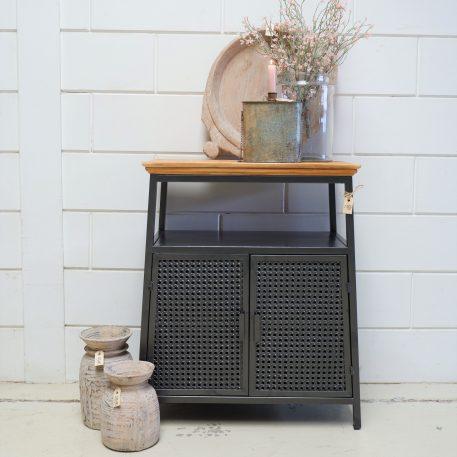 dressoir webbing grijs metaal wooden top 2 deuren hoog 78 cm breed 66 cm diep 37 cm6