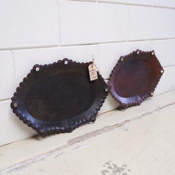 ijzeren oude schaal bruin metaal ovaal breed 52 cm diep 35 cm rand 3 cm hoog