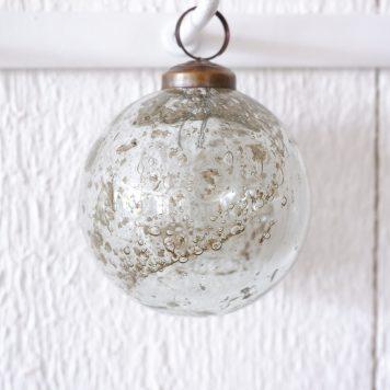 kerstbal glas metal chips clear hoog 11.5 cm diameter 10 cm ib-laursen christmas ornament pebbled glass clear1