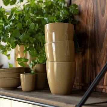 ib-laursen mustard dunes beker zonder oor mok steengoed mug stone ware hoog 9 cm diameter 8 cm.jpg2