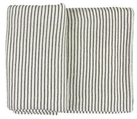 tafelkleed off white met zwart krijtstreepje 100 % katoen maat 150 cm bij 250 cm ib-laursen table cloth white with black stripes2a